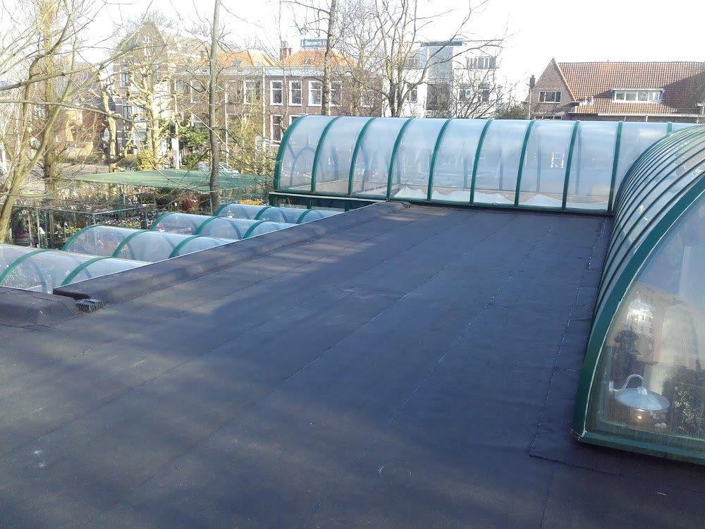 Dakwerk, daklekkage, reparatie van uw dak. Neem contact op met Blommestijn Installatiebedrijf.